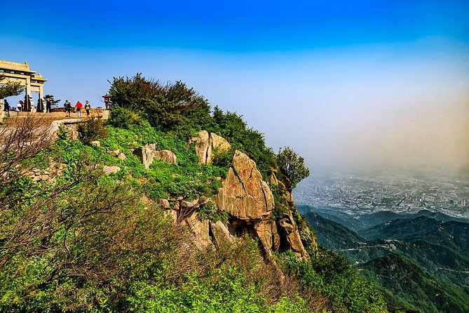 1-Way Private Transfer Service to Mount Tai from Jinan City photo 4