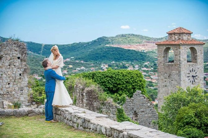 Photo wedding tour in old Fortress Bar