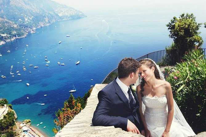 Private Photo Session with a Local Photographer in Ravello