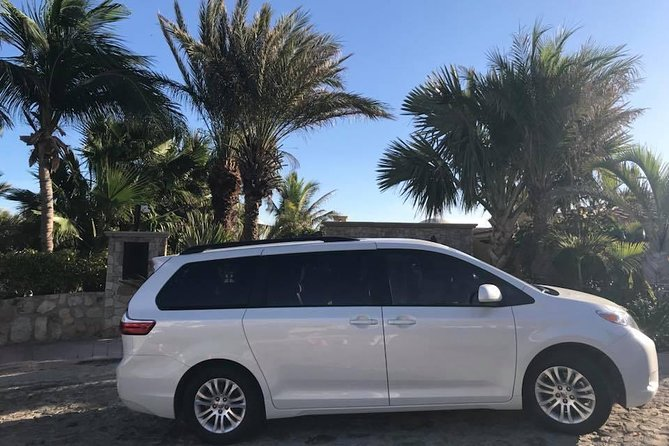 Roundtrip transportation from Airport to Los Cabos downtown zone 3
