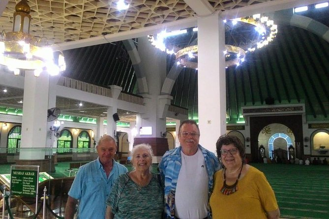 Semarang city tour shared group for AIDA (German guide)