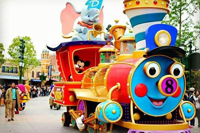Shanghai Disneyland To Shanghai hotels:Private with Meet & Greet Service