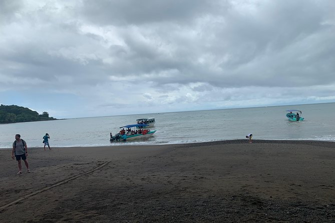 DrakeBay-Sierpe-DrakeBay- Boat Colectivo Transfer