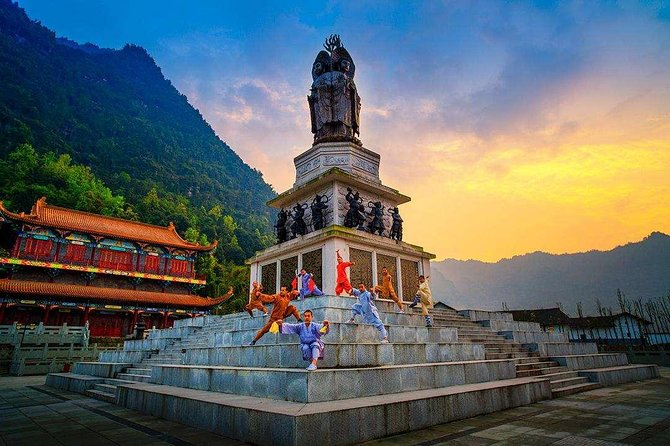 2-Day In-depth Shaolin Temple Discovery Tour from Jinan with Accommodation