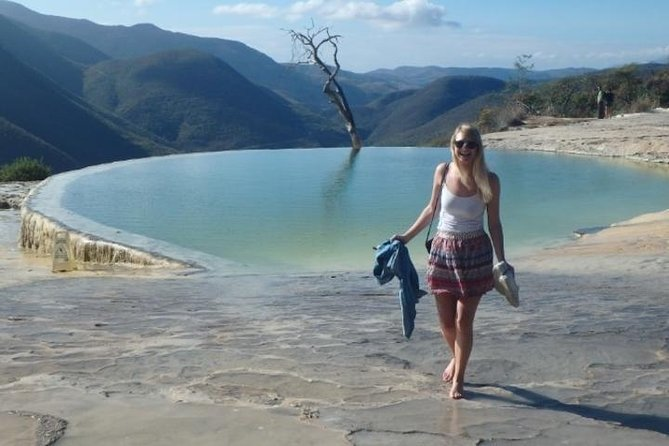 Full-Day Hierve El Agua, Mitla and Tule Tour from Oaxaca City