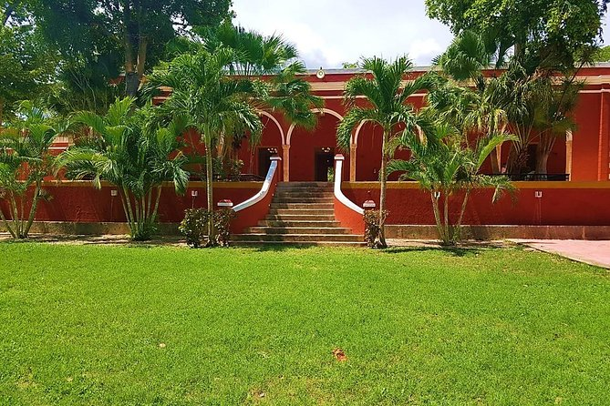 Haciendas and Cenotes Cultural and Outdoor Adventure from Merida
