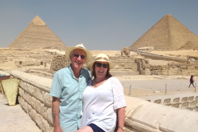 Private Giza Pyramids Day Trip with Memphis& Saqqara