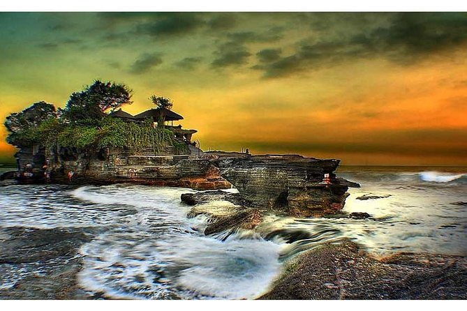 Tanah Lot Sunset Tour with Hotel Transfer&Entrance Ticket
