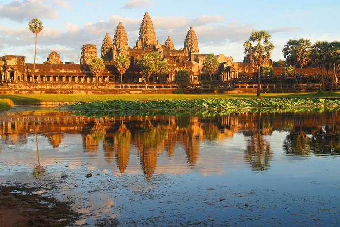 Angkor Wat Full-day Small group tour