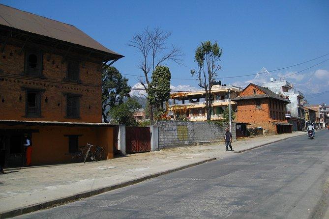 Hire Kathmandu to Pokhara by private car