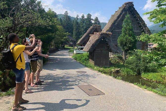 Shirakawago (UNESCO world heritage) / Onsen / Hiking Waterfall / 1day Private Tour