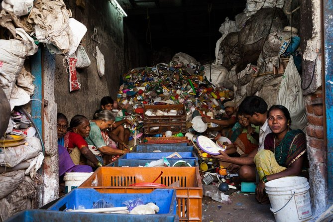 Dharavi slum tour , city tours , costomized research tours, location guide