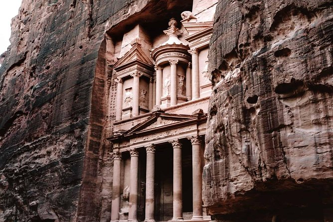 Sindbad 1:( Amman -Petra one day full package tour ,include hotel )