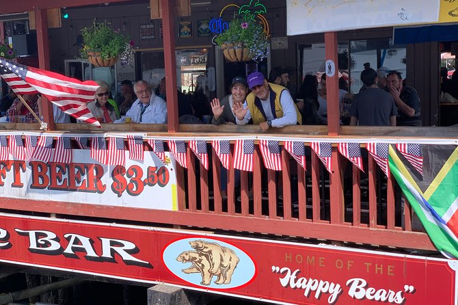 Cruisin' and Boozin' - 90 minute Historical Walking Tour of Sites and Bars