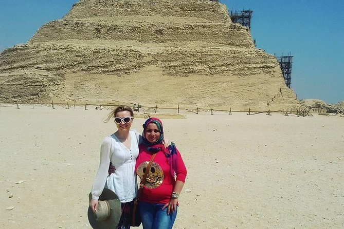Private Full Day Tour to Giza Pyramids, Sakkara & Dahshur