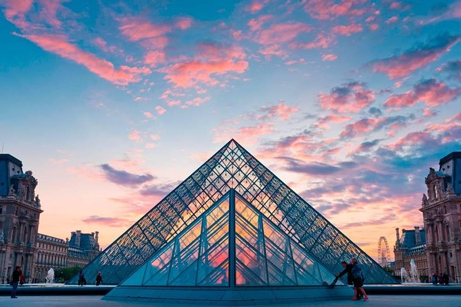Louvre museum tour for 90 minutes