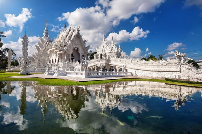 White Temple by Tour Hub Asia photo 13