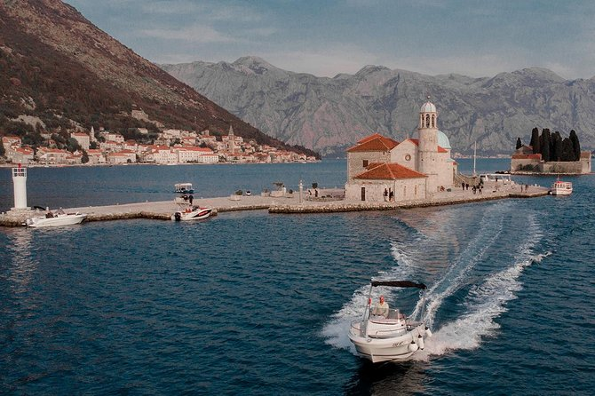 Perast & Our Lady of the Rocks 1,5 hours private tour