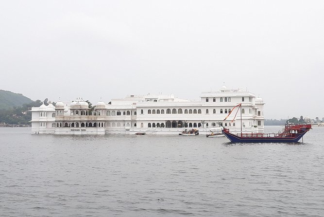 Heritage & Cultural Trails of Udaipur - Walking Tour