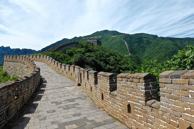 Datong Private Day Trip to Mutianyu Great Wall with Cable Car or Toboggan Ride