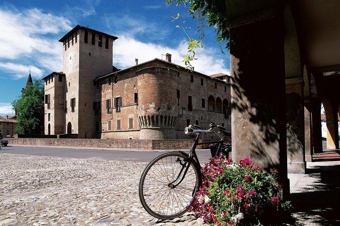 Castles in Tour
