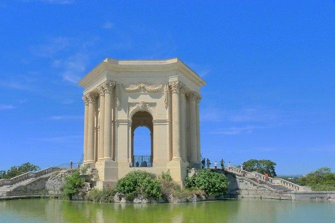 CityTour and Photo Portraits Souvenirs in Montpellier