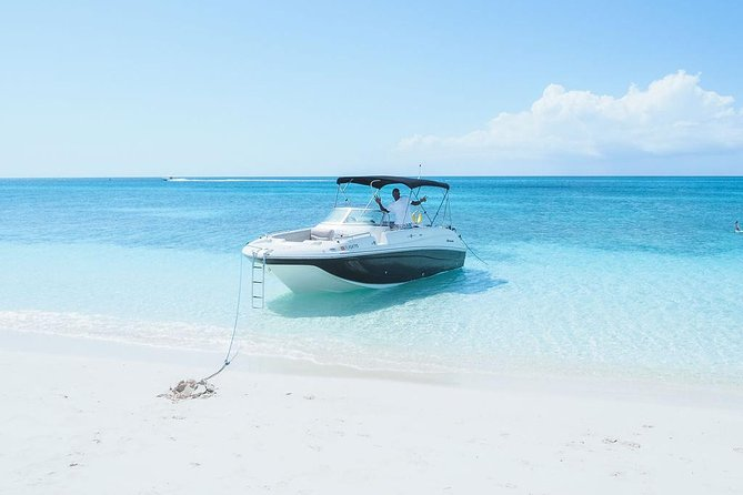 Private Boat Tours to outer islands, snacks drinks- snorkel- cruise! photo 15