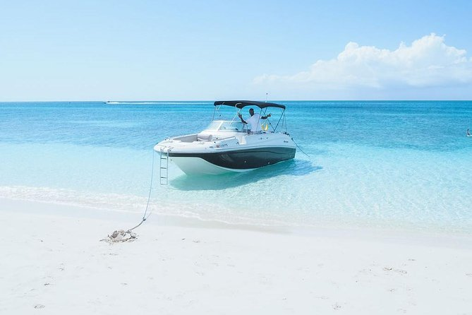 Private Boat Tours to outer islands, snacks drinks- snorkel- cruise! photo 24