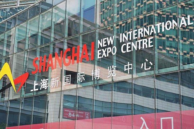 Shanghai Downtown transfer to Shanghai New International Expo Center (SNIEC)