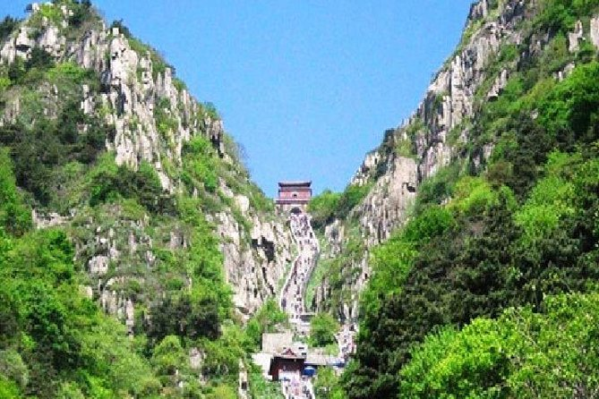 Private Day Tour from Taian Station / Hotel to Taishan Mountain