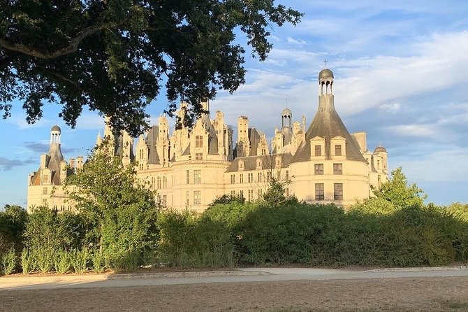 Private tour to Chambord, Cheverny and Chenonceau from Blois