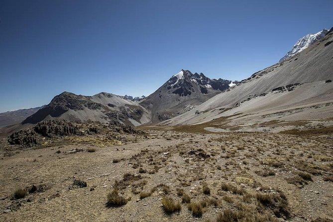 CONDORIRI Mountain Range 5650m, Lakes. 2 DAYS 1 NIGHT. TREKKING. English guide.