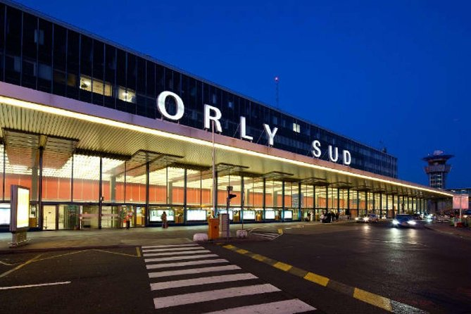 Private shuttle from Paris to airports: Roissy Charles de Gaulle or Orly (ORY)