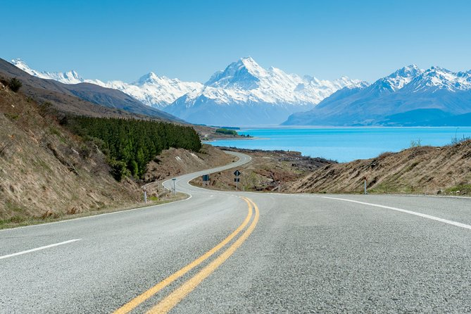 MT COOK LILY Small Group Tour of New Zealand, 23 days (South Island)