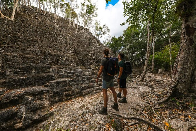 El Mirador And Crater Azul Tour From Guatemala City 2d / 1n
