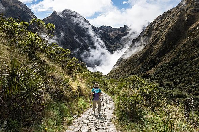 4-Day Trek to Machu Picchu Through the Inca Trail
