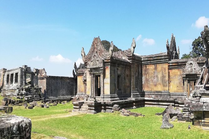 Koh ker and Preah Vihear Temple Tour