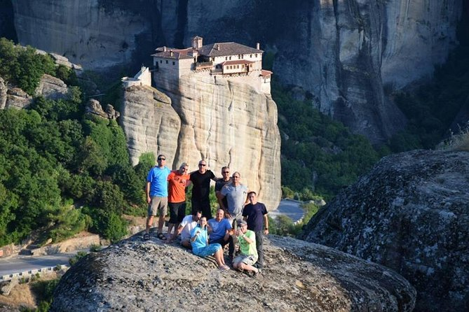Hiking in magnificent Meteora photo 1
