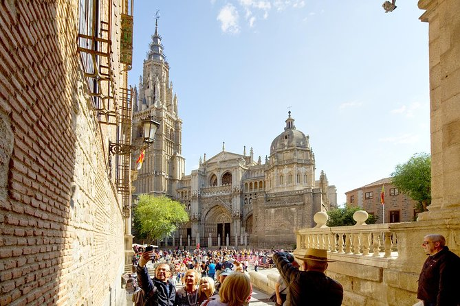 Skip the Line: Toledo Cathedral Admission Ticket