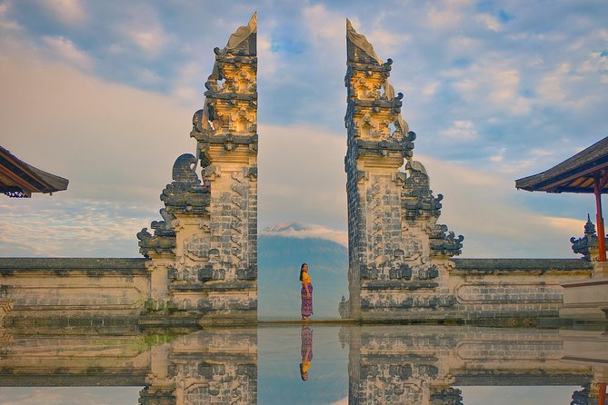 Instagram Heaven's Gate Temple - Lempuyang, Taman Ujung & Tirta Gangga Tour