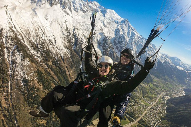 Fly over Chamonix with a Paraglider!