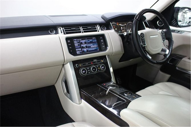 VIP Range Rover Christchurch Airport Transfer to or from Central Christchurch