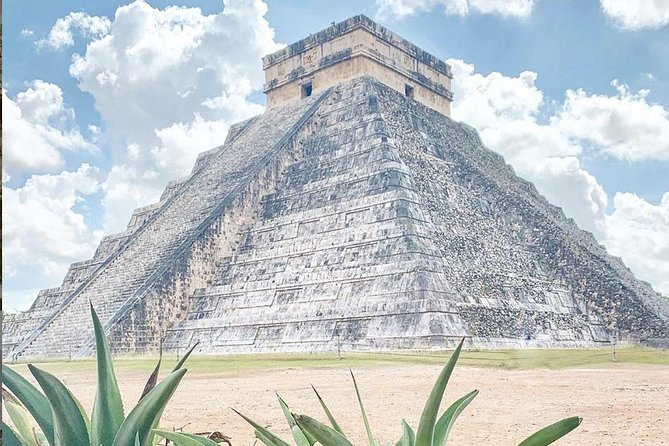 Chichén Itzá, Valladolid and Cenote Regular Tour from your Hotel in Cancún photo 8