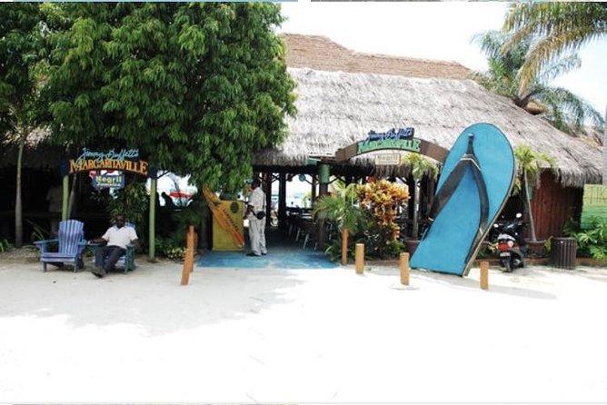 Shore Excursion: 7 Mile Beach Private Tour