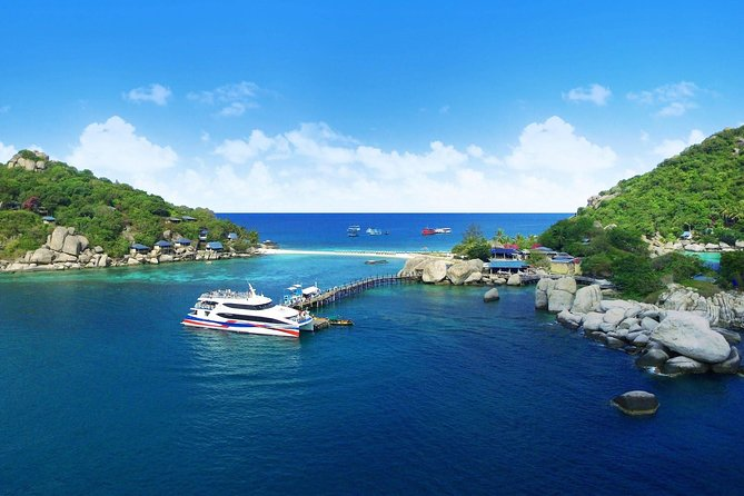 Koh Tao to Phuket by Lomprayah High Speed Catamaran and Coach