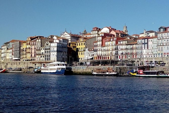 Private transfer from Lisbon to Porto with visit from Fatima and Coimbra