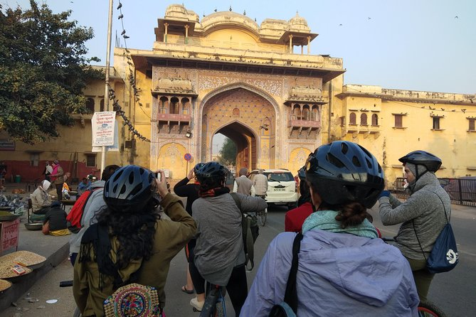 Small-Group Early Morning Pink City Bike Tour