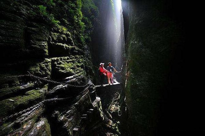 """1""""ZJJ Surrounding"""" Day Trip-Sitting Dragon Gorge Or Red Stone Forest+Furong Town"""