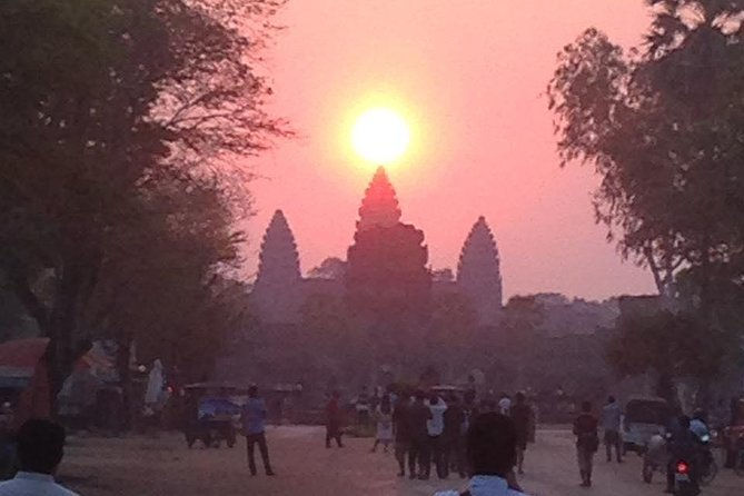 Angkor Wat Sunrise photo 1