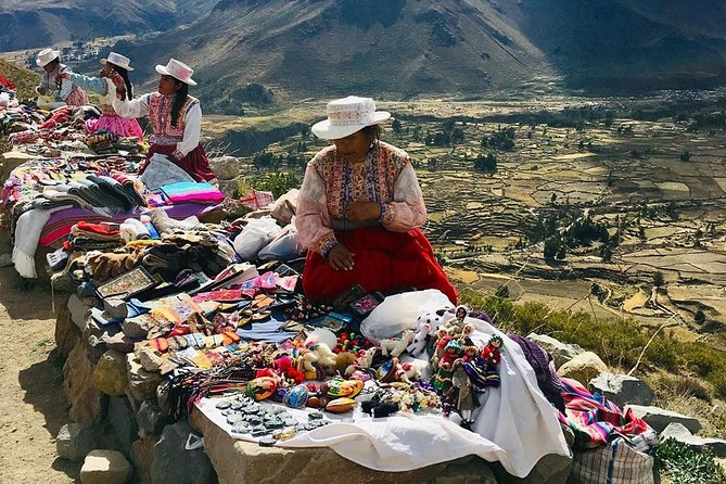 Colca Canyon Full Day and Typical Buffet lunch